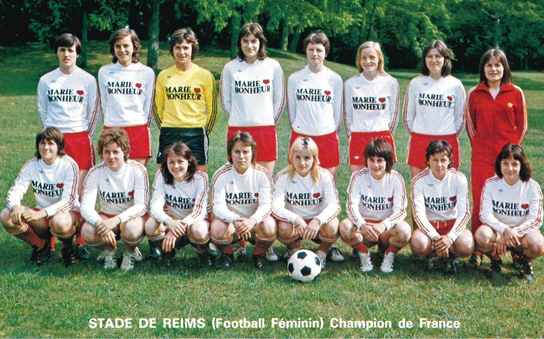 Patrimoine Des Bibliotheques De Reims Le Football Feminin A Reims
